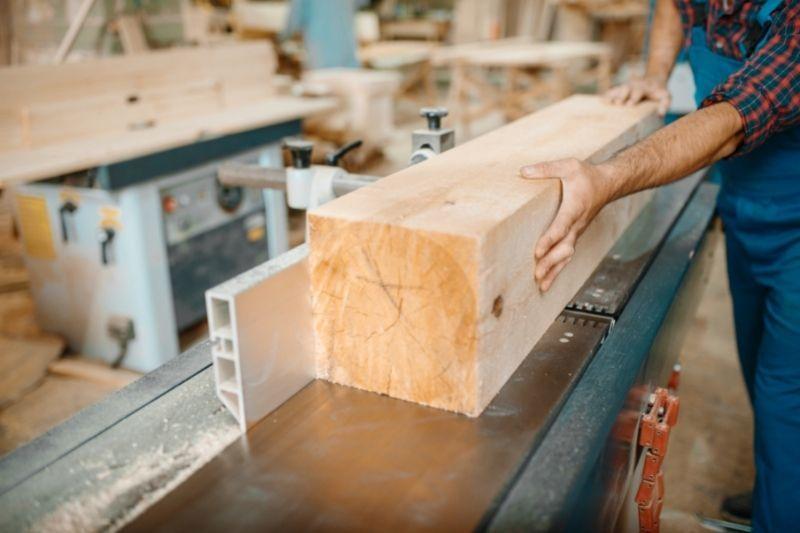 Kakovostni skobeljni stroji za obdelavo lesa
